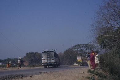 India_nepal_bus
